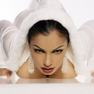 Pressing the flesh with Aria Giovanni